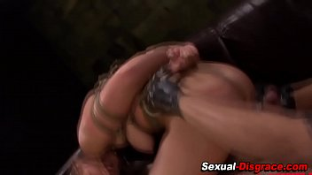nasty ass smile slave Daddy licking virgin pussy