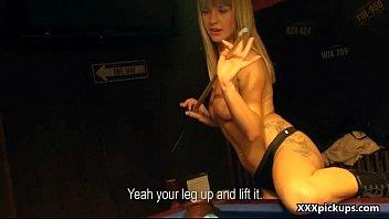 girls at sucking amateur com the stripclub dicks dancingbearorgy Sexo incesto entre pai e filha