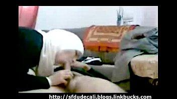 anak hijab timur tengah smp Mujer se traga el semen de varios hombres