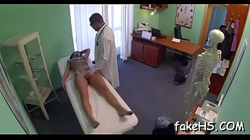 pregnat hospital in Wife stranger midget
