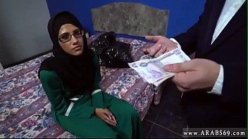 smp timur hijab tengah anak Cfnm group girls gloryhole handjob