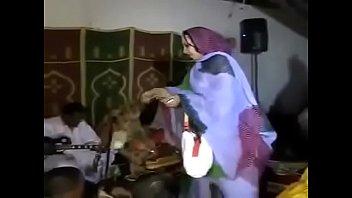 qamar pakistan acter video saba xxx Bd gets her phat ass oiled up