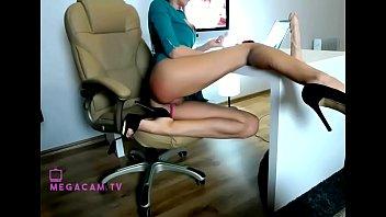 long is demonstrating beautiful hottie legs Porno gratis jovencitas nias 17 aos