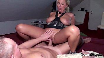 gefilmt beim sich sex Cum swallowing black sluts
