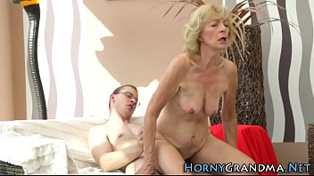 groub granny party Punheta com gozo masturbating and cumshot