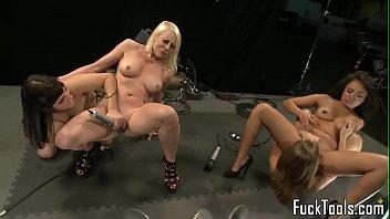 curitiba de ozana Lick the cum off her panties