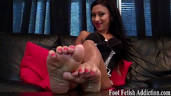 feet bare sexy Shy girl is teased by man