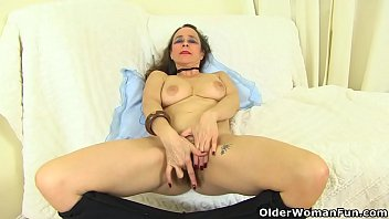 xxx actor indion Breasts accidentally touches