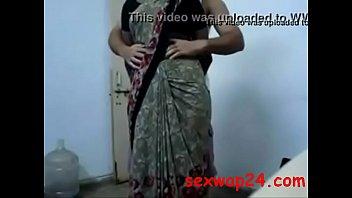 saree antys fukking Ebony lesbo trib grind