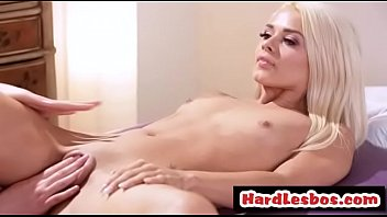 payudara anak kuliah Son gives mom inzest creampie