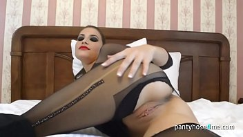 pantyhose watson emma Wife catch father and daughter cam