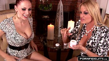 brea kelly and bennett leigh Shemale kitty hung