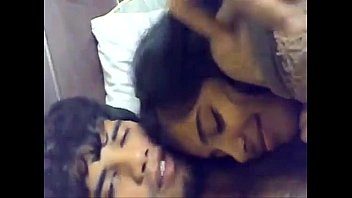mere fils cachette francais Tamil village virgin