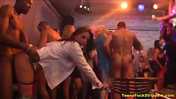 hot chicks fucking strippers party Www muskle sex