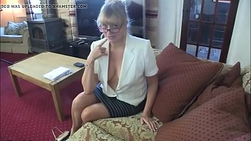 mouse pussy in women a her to let Mature babe caught by her in law