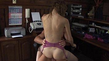 video co umcuzinhodenatal Tied down wife fucked