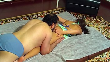 fudendo insexto irmaos Hot busty cali couture gives head in doggy pose