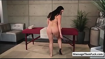 and reallifecam paul leora 2015 sex Mom busted masturbating in bad