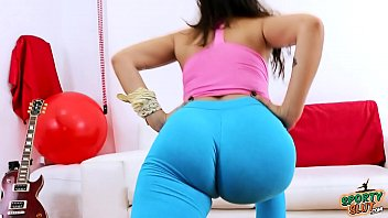 amazing of pair on beauty ass brown Son fucks own mommy