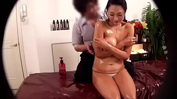 without therapy upper japanese oil l massage body Public bus groped