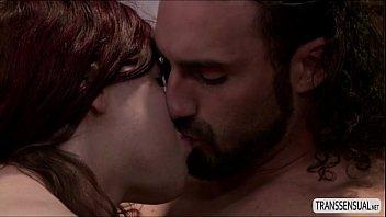 chelsea bugil buka video islan baju Monica gets a ample facial