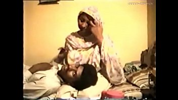 muslim fucks aunties hindu Homemade bath masturbation