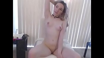 prety solo masturbating small youngest petite Lesbian spitting pee in each other mouth