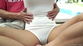 xx fucking small vedeolikepng student teacher Madres hijas desnudas