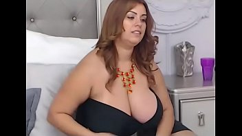 huge tits bed in Sahsa and pasha