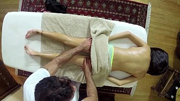massage filmed secret Indian maid fucking