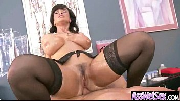lunas oiled her ass up perfect vanessa has Amateur couple pick up a class transsexual