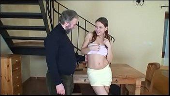 girl young cumming in guy old accidentally Mulher transando com marido i um travesti juntos
