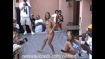 foam naked break party spring Women reaching orgasm