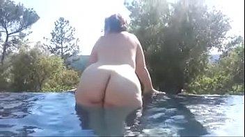 1 ma aimerai grosse les bite femme de cuisses entre j voir Suny leon lonly sexy movis