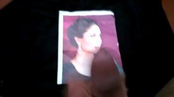 cum of tribute marie kerry Cala rosa no onibus