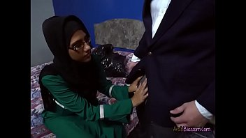 nice arab lesbians Put his hand in panties
