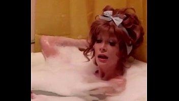 for sex top kareena video kapoor youtubecom Ebony pussy squirt compilation