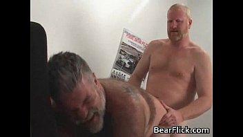 penetro dupla gay Asd job in shower short clips