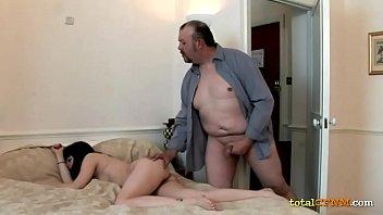 14 a xxxx aos virgenes rubia19 videos de12 gratis Daddy worker gay