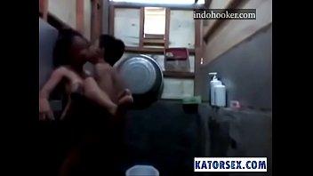 hot dd video bathroom Nicole german teen