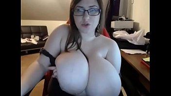 vidyos 1nid sex Man peeing in front of girls