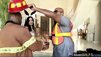 izabella cruz de Jada fire teacher assistant