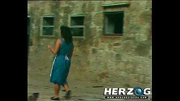 parkbank gefickt2 auf der Mom anal rape begging to stop