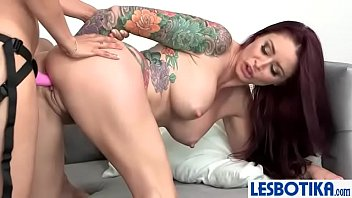 machines10 squirts love fucking isis on Barely legal with tight pussy