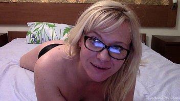 british fat maturr blondes Masturbing in webcam