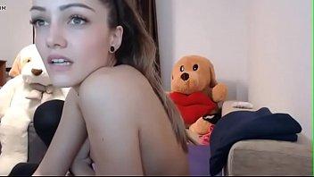 masturbates nipple puffy teen At home lindsay mericle