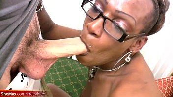 hoe black deepthroat Genie virtual sex