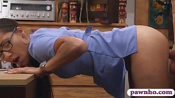 climax color nurse Walang malay si mamy natutulog pinag samantalahan ang kanyang pipi