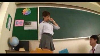 profesora tocar por se deja alumnos Skirt dance twerk